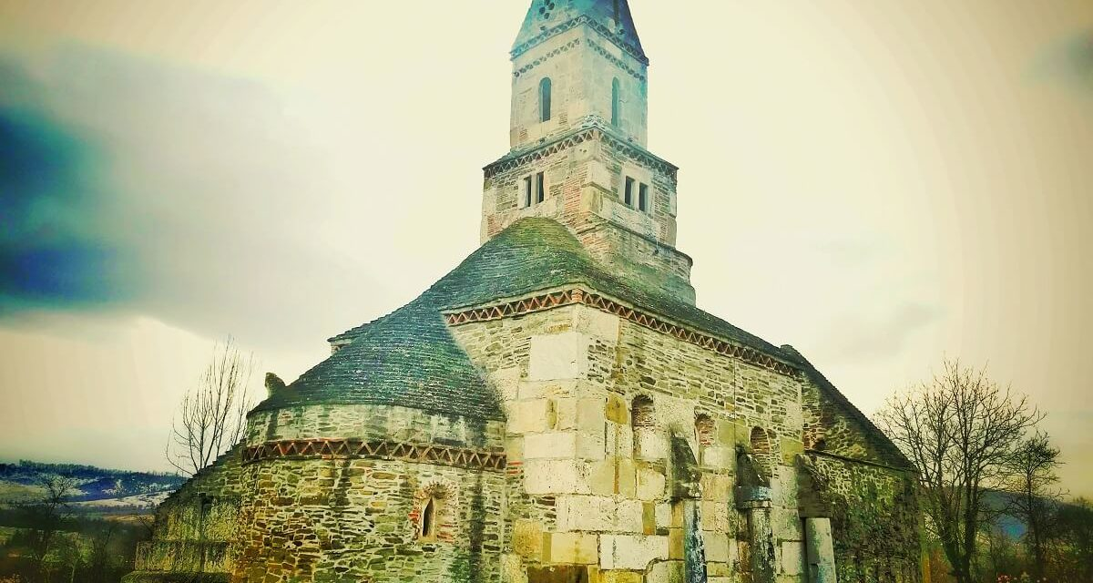 Cea mai veche biserică din lume în care se slujește!
