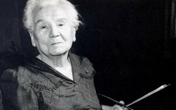Cecilia CUȚESCU-STORCK (1879-1969) – prima femeie profesor la o universitate de artă de stat din Europa, proeminentă personalitate a plasticii feminine românești