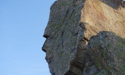 Munţii Măcinului – un kogaionon al dacilor din Dobrogea