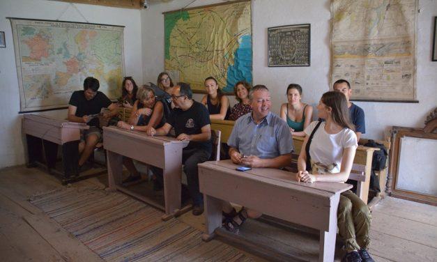 Institutul Cultural Român – Școala de varǎ